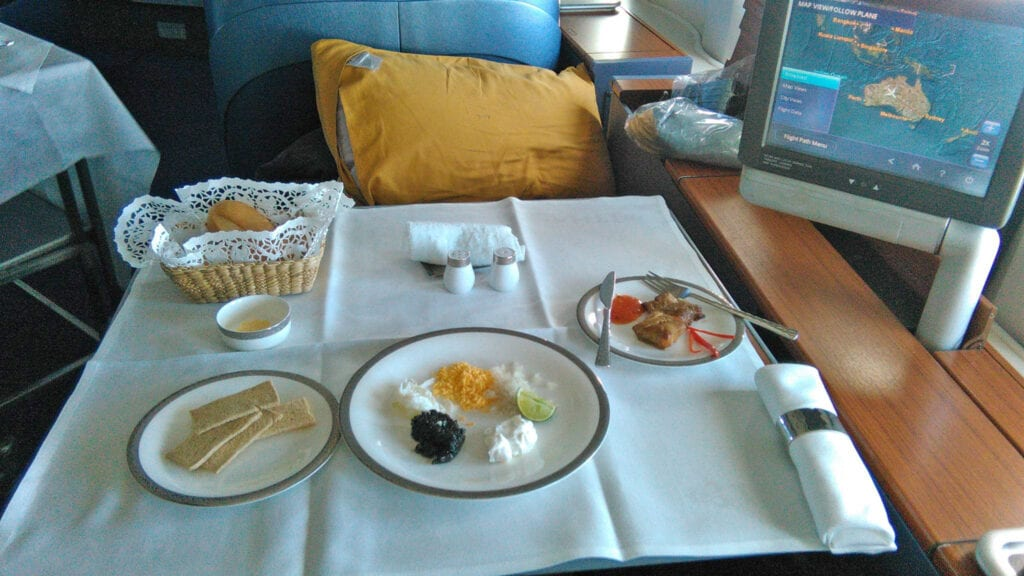 thai airways first class food