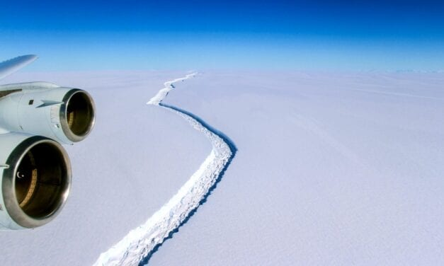 One of the largest icebergs ever recorded breaks off Antarctica | Adventure.com