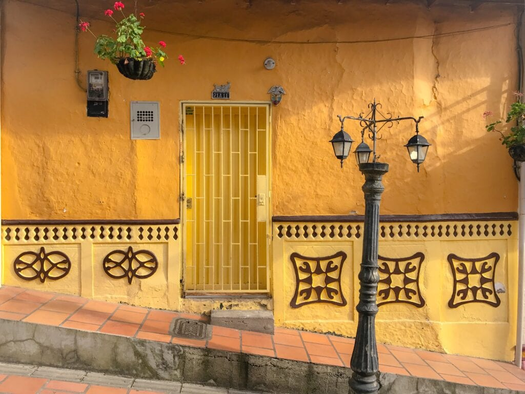 streets of guatapé colombia