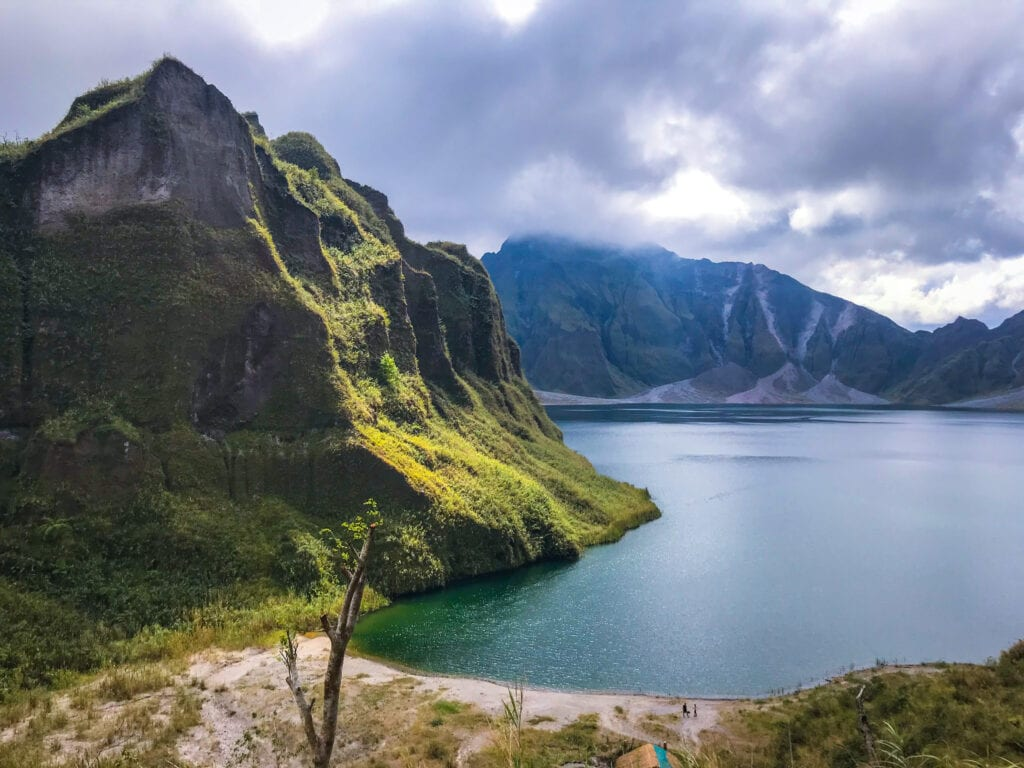 mount pinatubo crater luzon philippines