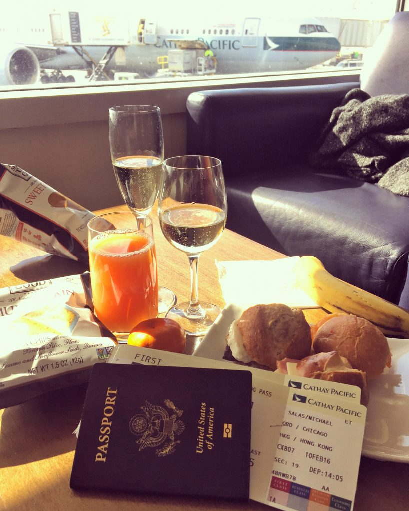 Cathay Pacific lounge at chicago o'hare airport