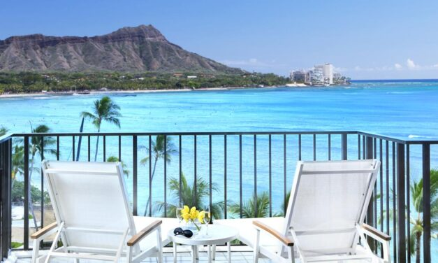 10 Best Luxury Oahu Resorts [2021 guide]