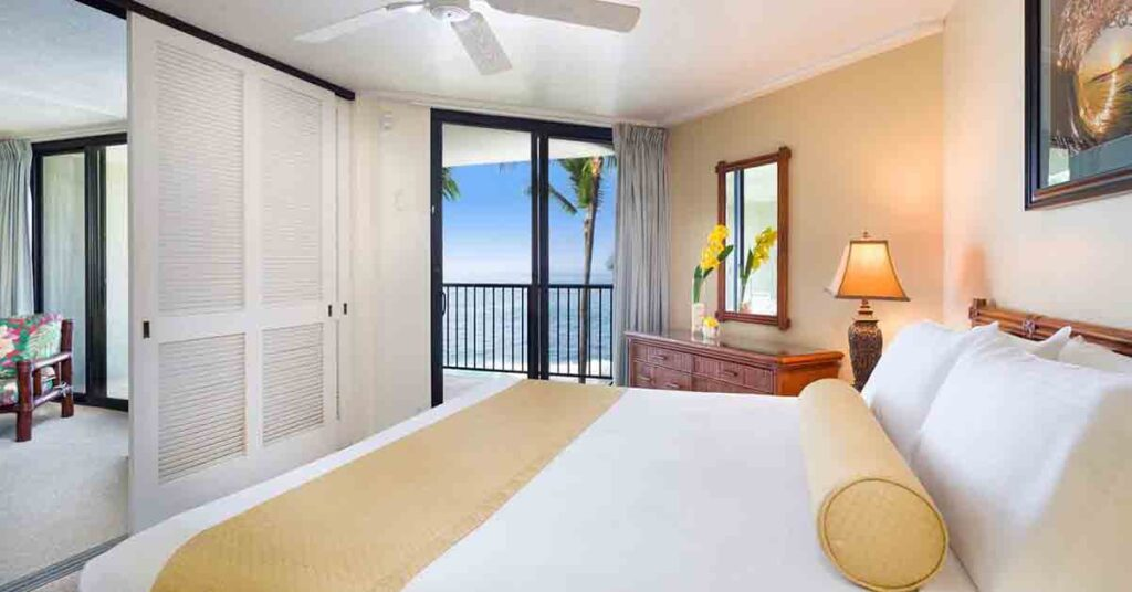 Where to stay in Oahu Aston Kona by the sea