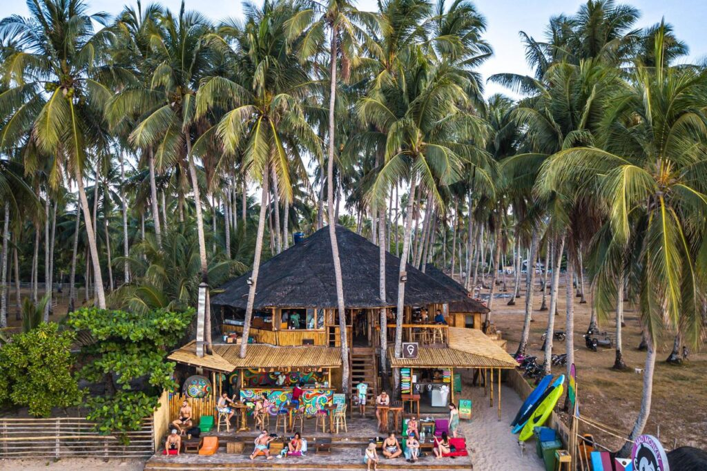 where to stay in el nido mad monkey hostel